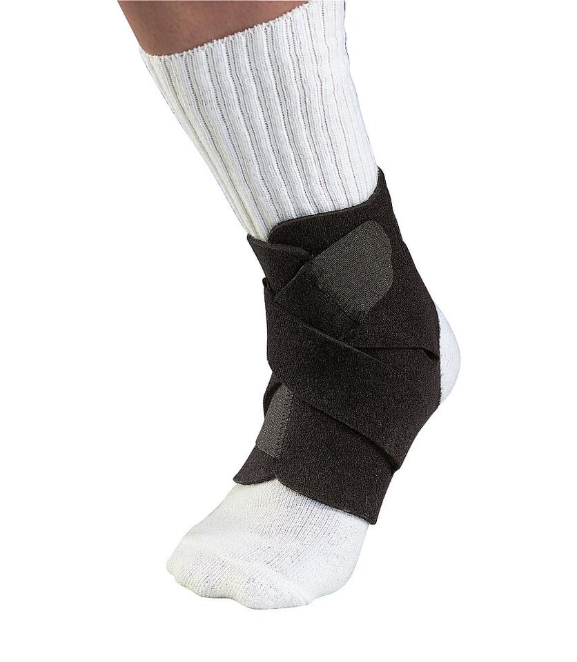 Mueller Adjustable Ankle Support Bandáž na kotník  3c191b38ee