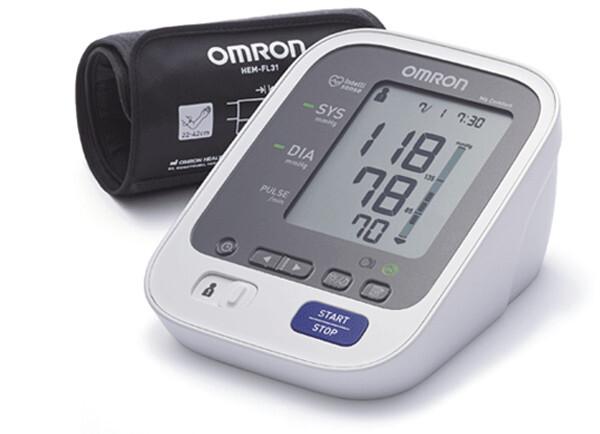 Tonometr OMRON M6 Comfort intel.manžeta 5l.záruka - II. jakost