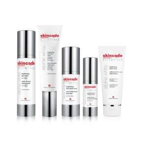 Essentials Alpine white
